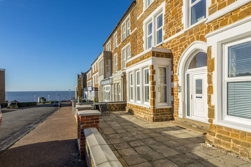 Bay View Apartment a british holiday cottage for 5 in ,
