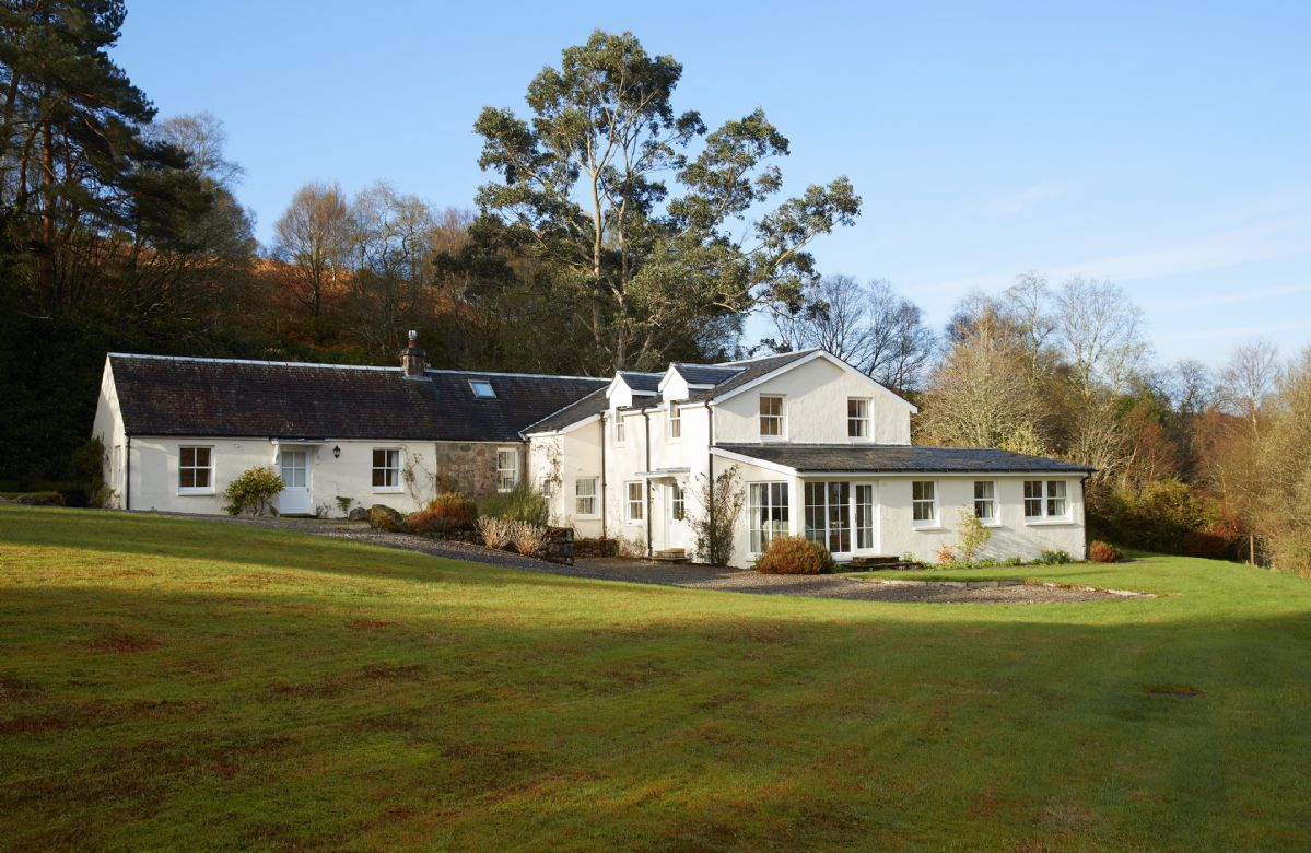 Port na Mine a british holiday cottage for 12 in ,