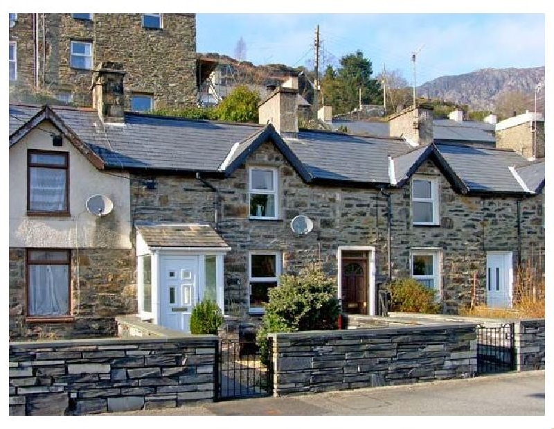 Glan-yr-Afon Cottage a british holiday cottage for 4 in ,
