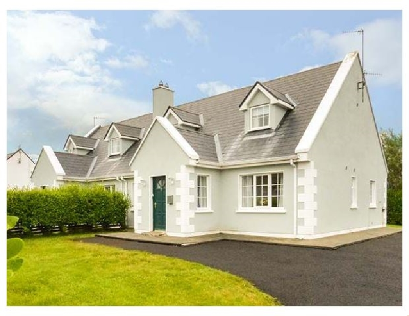 7 Latheanmor Court a british holiday cottage for 6 in ,