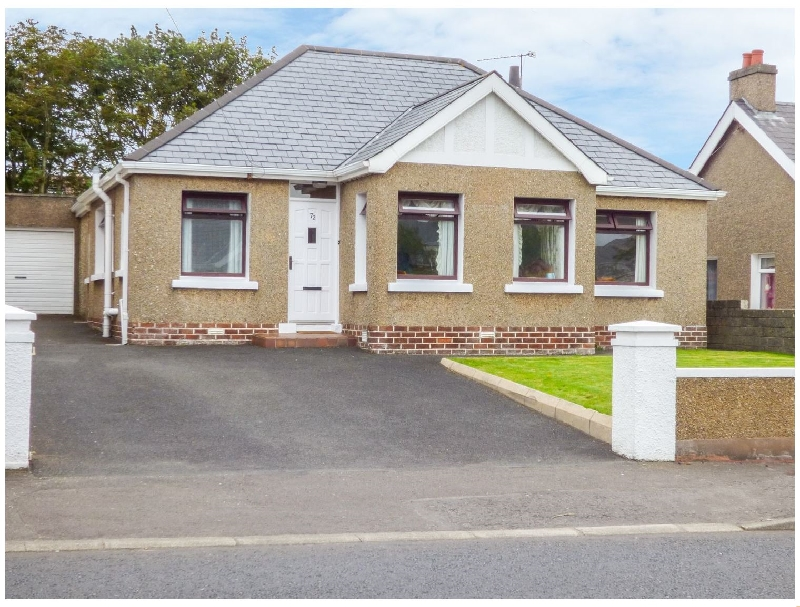 Strand Hill a british holiday cottage for 9 in ,