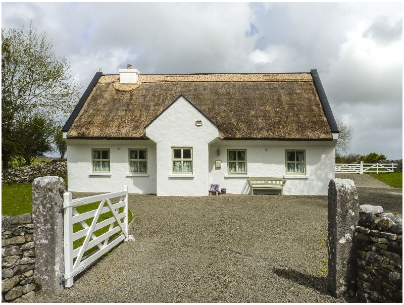Brookwood Cottage a british holiday cottage for 10 in ,