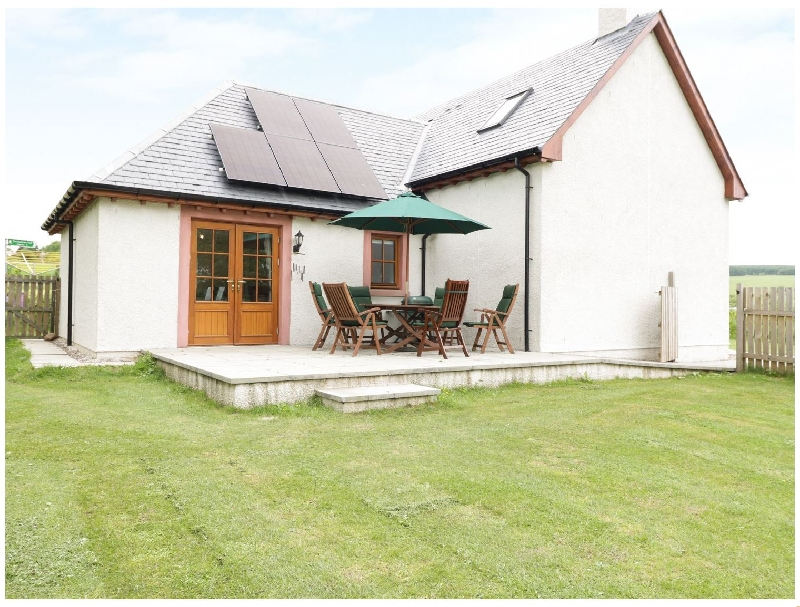 Hazel Lodge a british holiday cottage for 6 in ,
