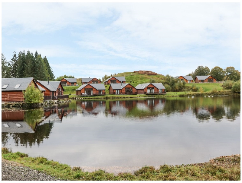 Burnside Lodge a british holiday cottage for 6 in ,