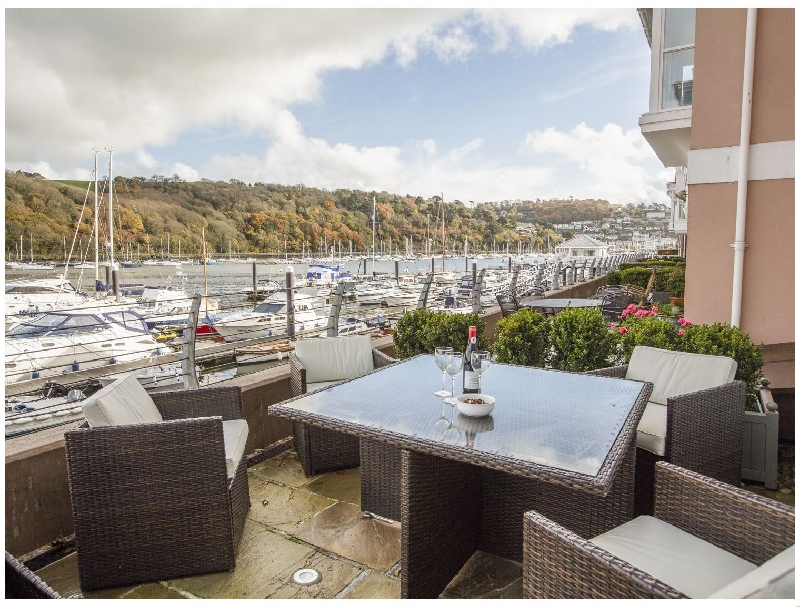 Quayside- Dart Marina a british holiday cottage for 4 in ,