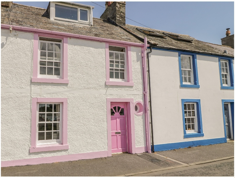 The Pink House a british holiday cottage for 3 in ,