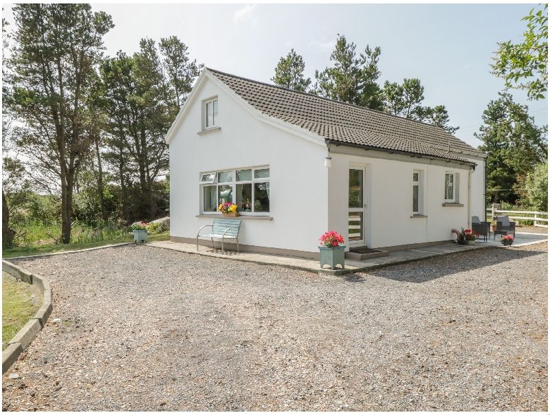 Click here for more about Carna Chalet