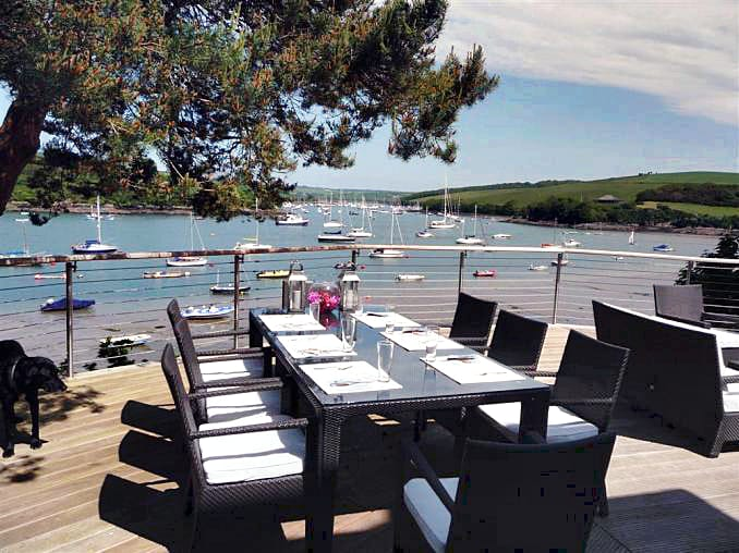 Harbour Watch a british holiday cottage for 12 in ,